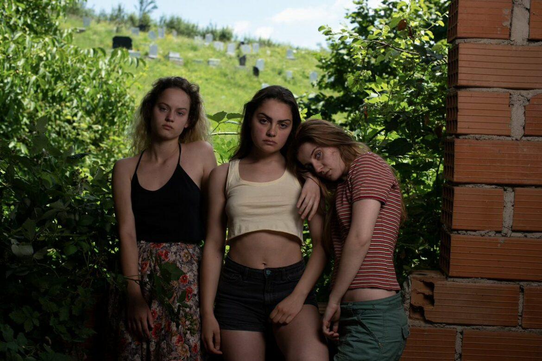Cannes 2021 | La Colline où rugissent les lionnes, premier film coup de poing de Luàna Bajrami